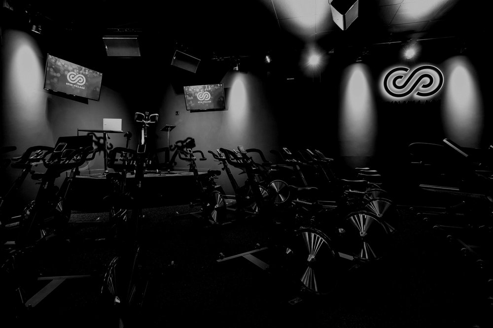 THE DEBUT RIDE IS YOUR PERFECT STEPPING STONE TO A FULL RIDE 30 OR RIDE 45 CLASS - So you may have joined for a Welcome Class... You've looked around the studio, tried the shoes, sorted your bike settings and had a little pedal... Yet, that next step still feels like a big one, which we totally understand...The Debut Ride is the ideal transition to a Ride 30 or Ride 45 class. The Debut Ride will follow a similar structure to a full class, but at a slightly slower pace with a bit more instruction.We'll highlight technique, explain RPM's and Gear's for each move, plus go through the cueing that you'll hear from our instructors.