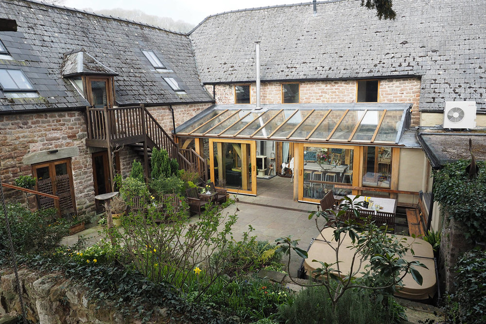 courtyard garden w view to oak room (2).jpg