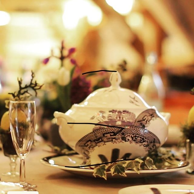 Fine dining @millendmitcheldean from @bordellobanquets with table themes creating great atmosphere and photo opportunities. #midweekbreak #spa #milestonebirthday #big50 #familyandfriends #birthdaybreak #birthdayweekend #birthdaybreakfast #willowpattern #vintagechina #holidayparty #staycation
