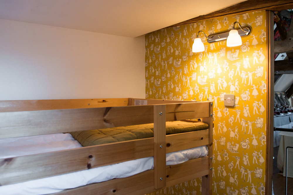 sunshine+yellow+bunk+room+morag+(3).jpg