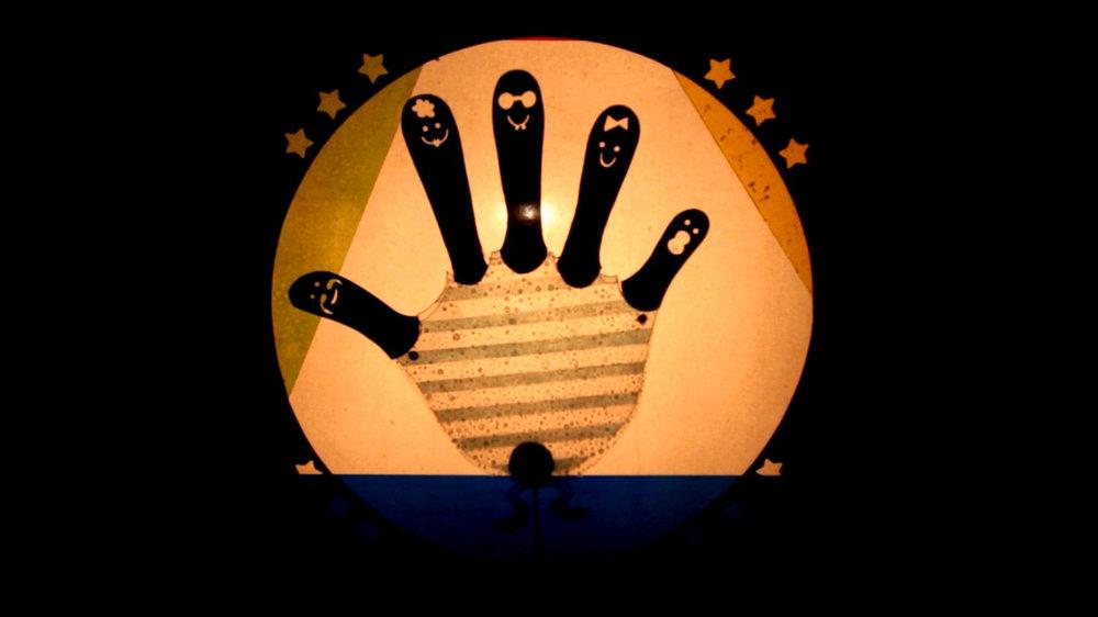 familia finger.jpg
