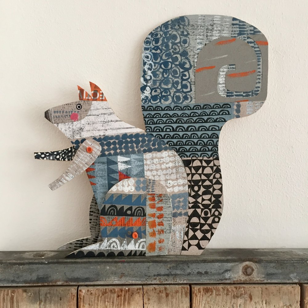 articulated proud lion      original cut out articulated collage