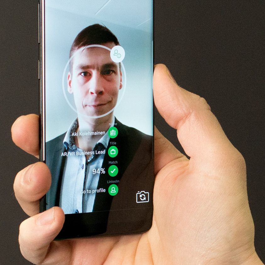 Augmented Face Recognition on Mobile -