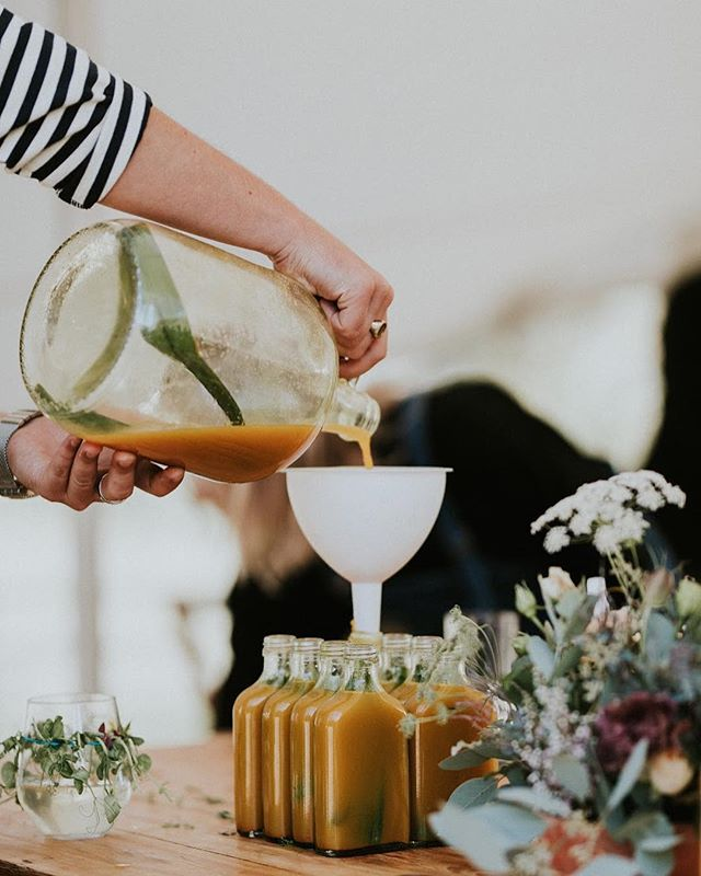 Tumeric tonic, fresh cup of coffee or a cheeky glass of bubbly...whatever welcomes in the long weekend ahead, pour yourself another one and enjoy! ☕️🥂 #yondercollective #welcometotheweekend