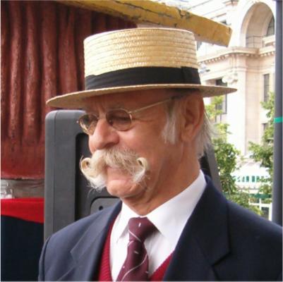"2005: Ted Sedman   Voorzitter van de Engelse ""Handlebar Club""  Mede-oprichter van de ""World Beard and Moustache Association"""