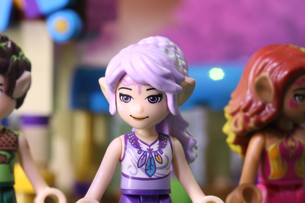 LEGO Elves - 2 short stories produced by M2Film in Aarhus as part of a launch campaign for 2 new LEGO Elves products.This one is the first part of the story, displaying the first new LEGO set.