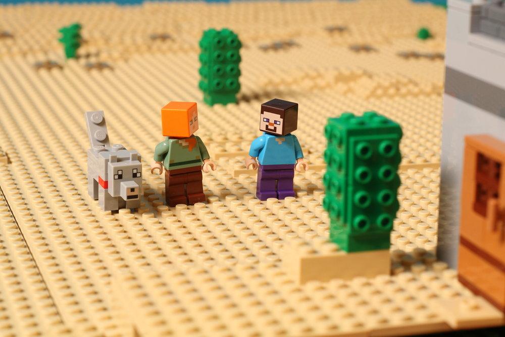 Minecraft_outpost_sc170_X1_0044.jpg