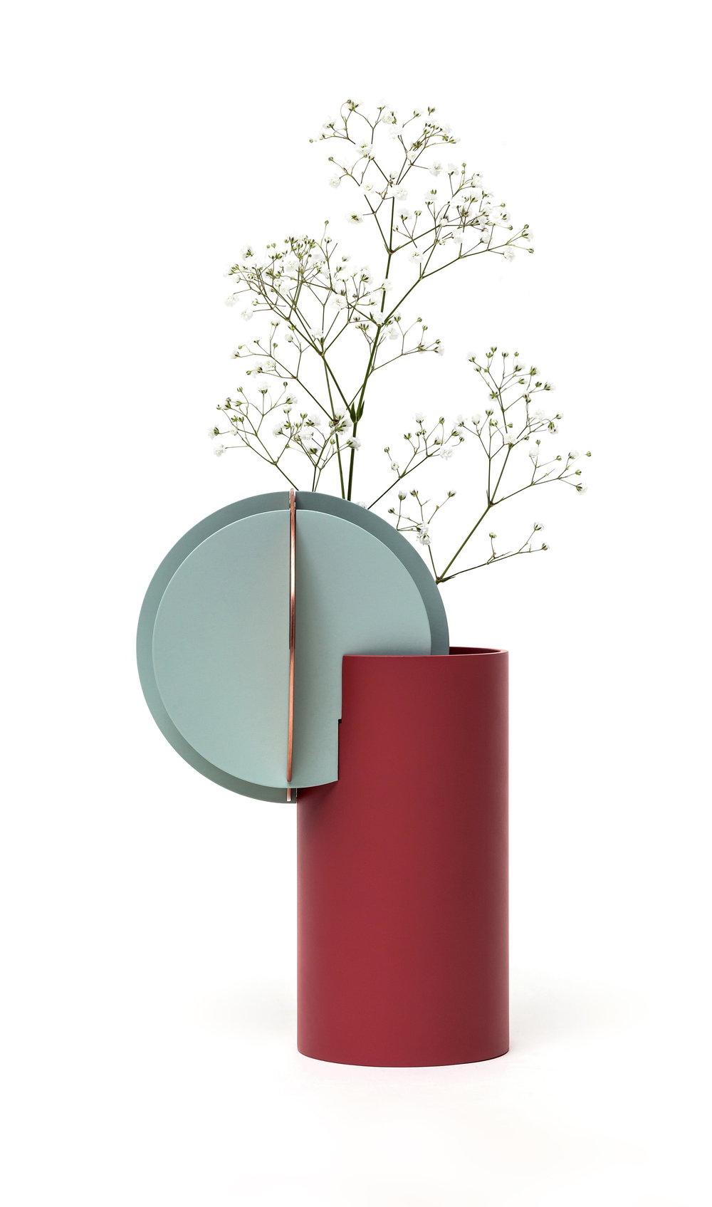 Delaunay vase 2_slim.jpg