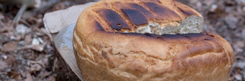 Brot backen beim Survival Kurs