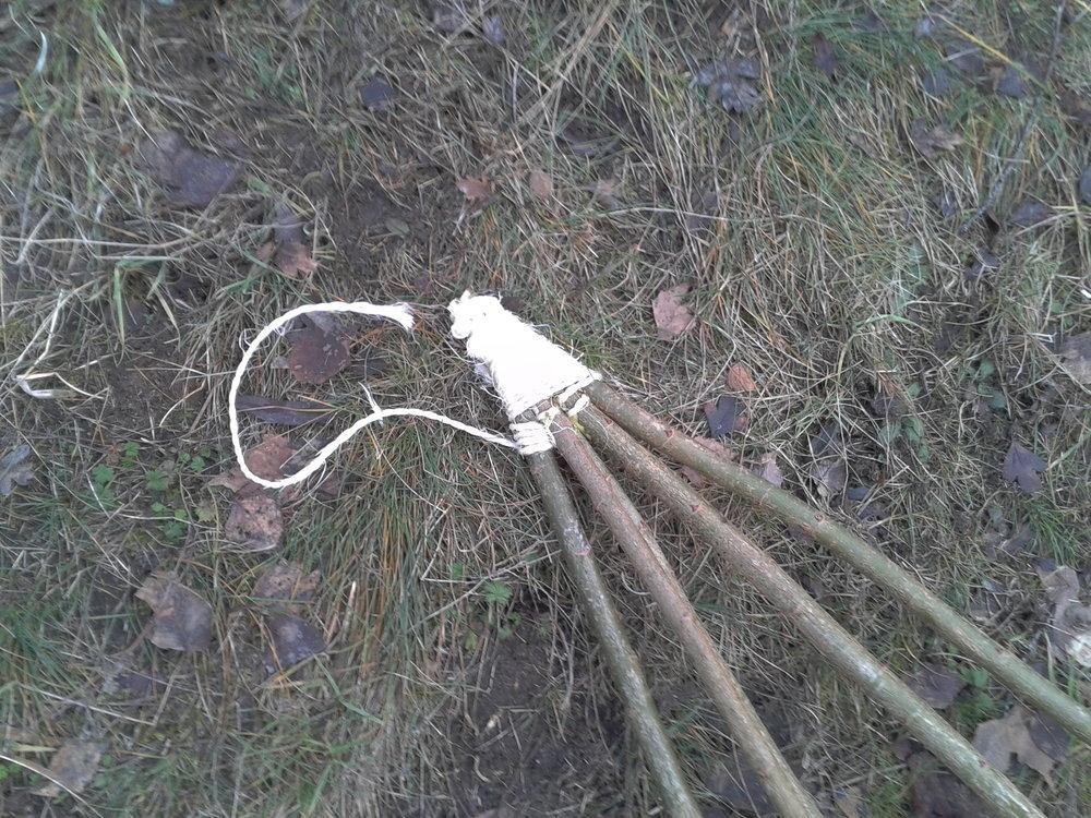 Bushcrafting / Survival Skills: Spitzen der Schneeschuhe Binden