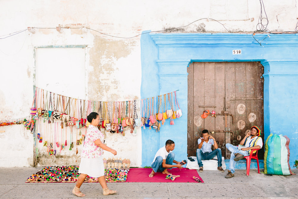 Colorful streets and craft sellers in Cartagena, Boutique Colombia