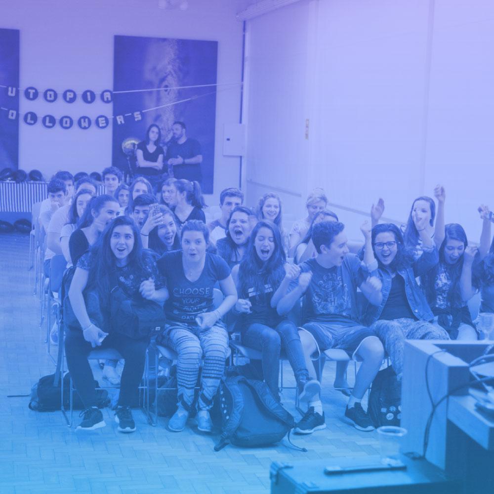Utopia Followers - Uma gincana social divertida que estimula estudantes do ensino médio de diferentes colégios de Porto Alegre a definirem qual o seu sonho social e auxilia, por meio de mentorias,a torná-lo realidade.