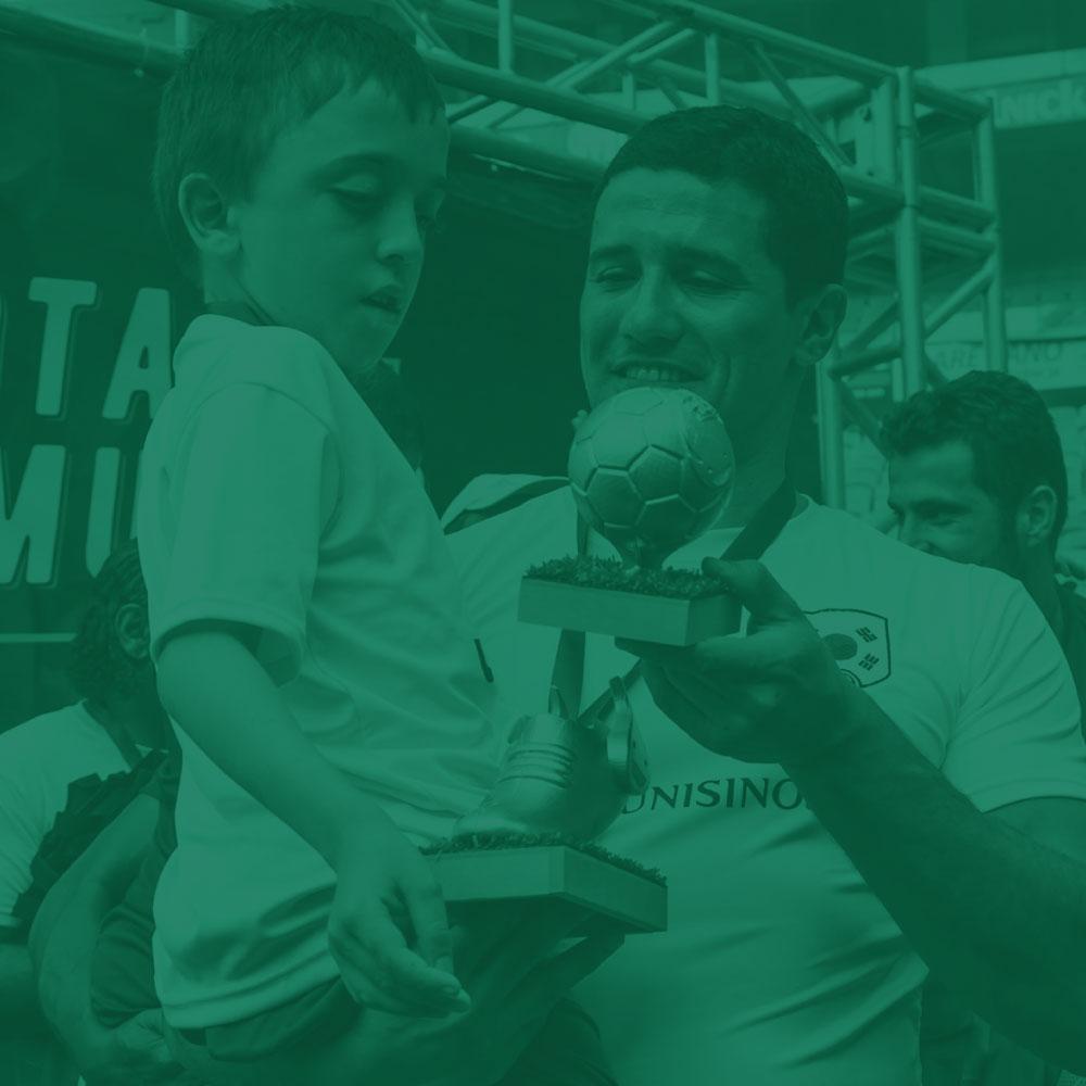 Bota do Mundo - Um torneio criado para crianças com deficiência realizarem o sonho de fazer o primeiro gol das suas vidas.