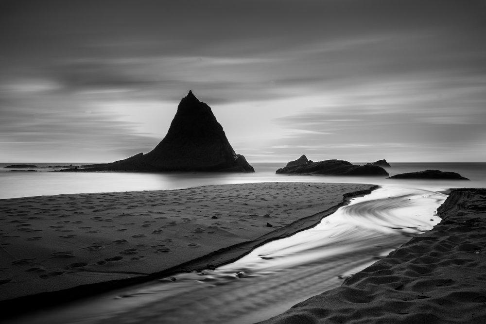 Martins Black & White
