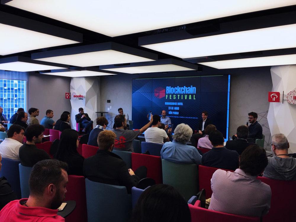 Pré-evento do Blockchain Festival: muitos interessados em saber sobre a tecnologia