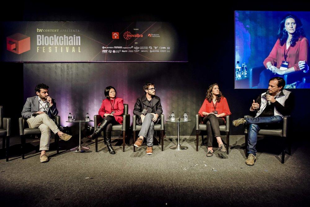 Em sentido horário: Bruno Feigelson, Liliane Tie, Felipe Pereira, Clarissa Luz e Manoel Lemos
