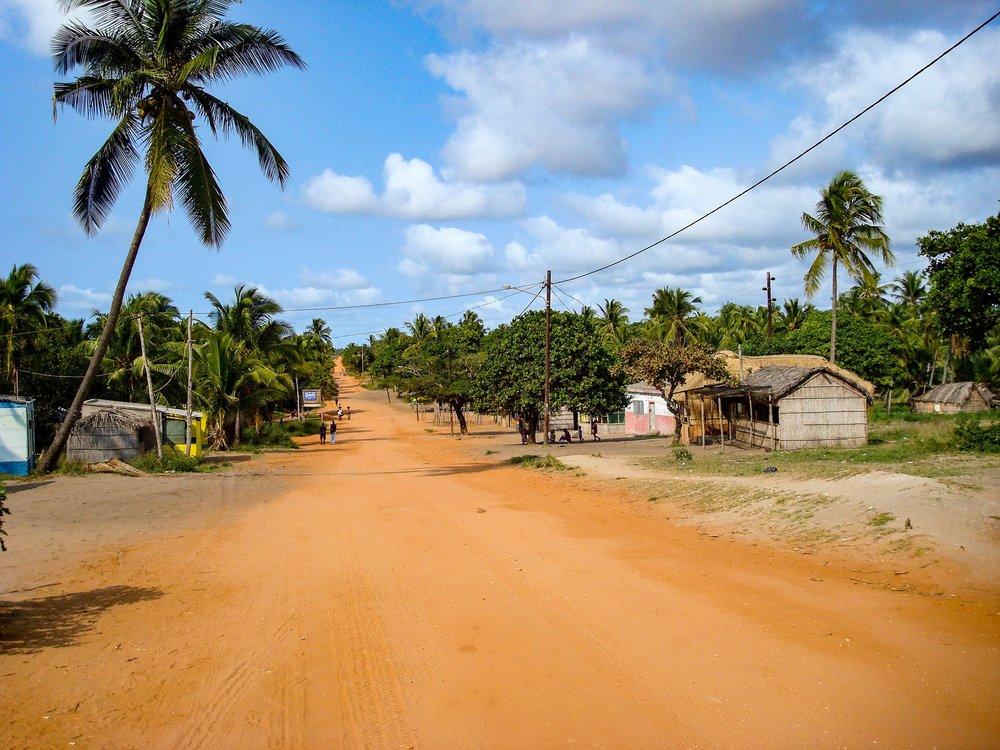 A Mozambican road.  (Credit:Evenfh/Shutterstock.com)