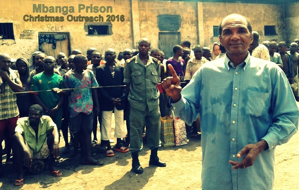 Pastor Alan Robinson conducting prison outreach in Cameroon.