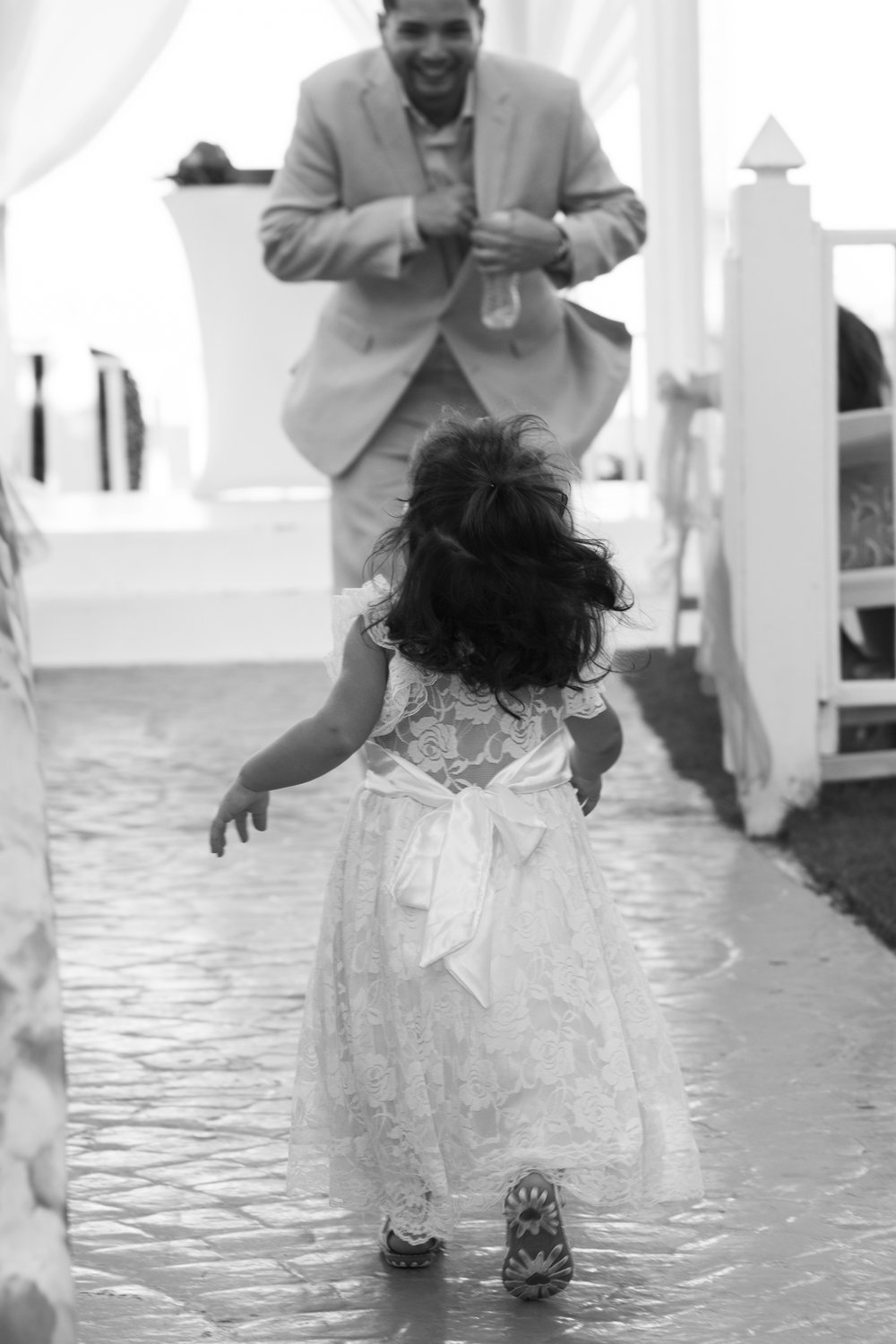 Destination_Wedding_Photographer_Dominican_Republic_Photojournalism_Travel_Couples_Wedding_Photography_037.jpg