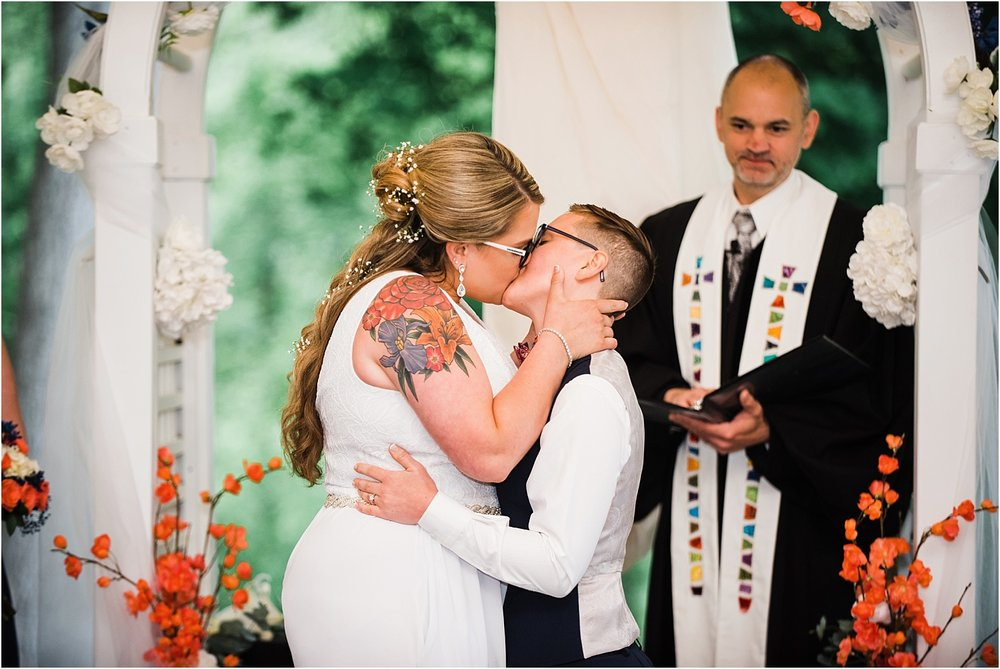 The_Riverview_Simsbury_Connecticut_Wedding_LGBT_Weddings_033.jpg