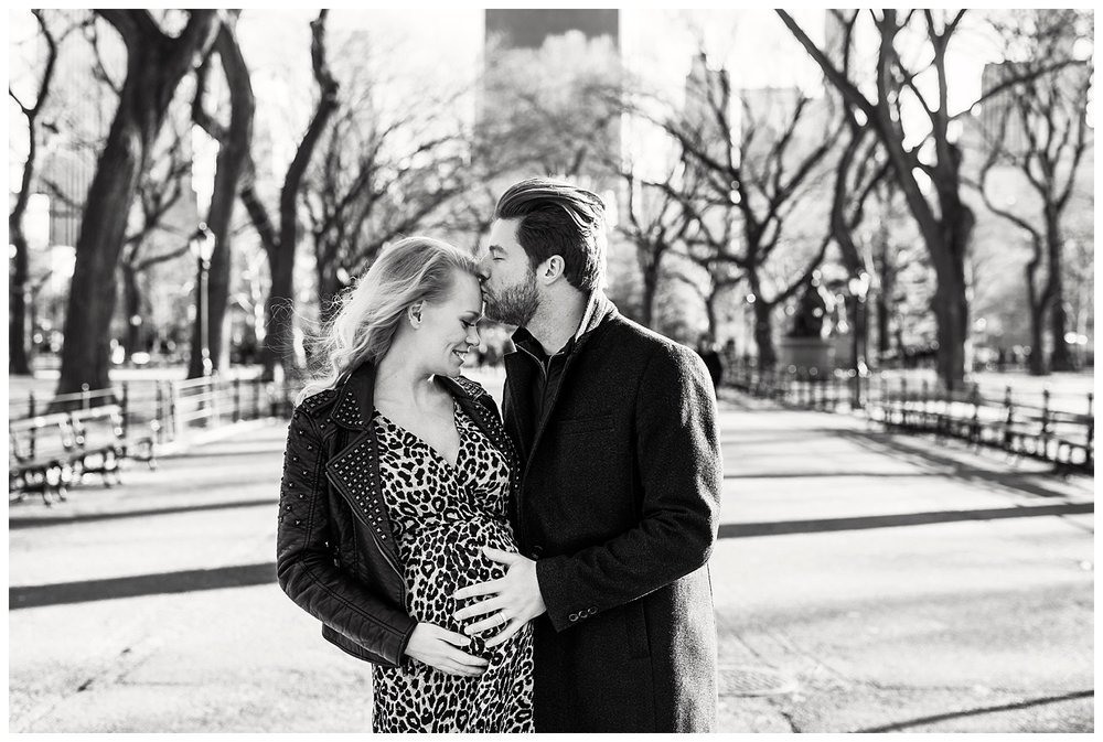 Krista_Maternity_Photos_Central_Park_NYC_Apollo_Fields_89.jpg