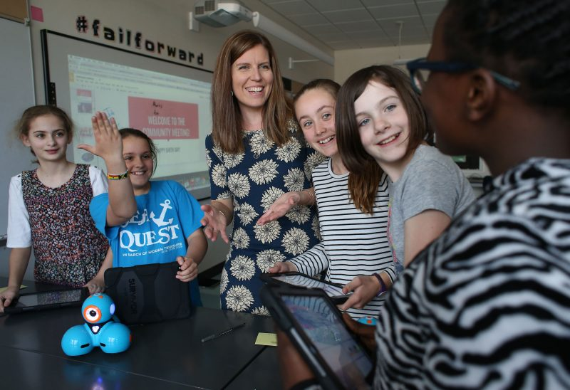 Photo by Cheryl Senter. 2017 Christa McAuliffe Sabbatical recipient Heather Drolet, a technology integrator at the Christa McAuliffe School in Concord, teaches kids coding.
