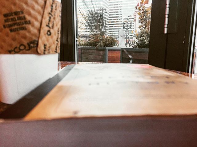 Yesterday I took a spontaneous trip to Philadelphia and had so much fun. How was your day? . . .  #studyblr #bookflatlay #VictorianLiterature #bookblr #university #ClassicLiterature #RenaissanceLiterature #style #bookworm #inspiration #study #bookaddict #bibliophile #MedievalLiterature #bookporn #books #literature #Studyspo #bookblogger  #bookbloggers #notebooks #stationery #yafiction #bookgram #goodreads #bookish #IGReads #Lifestyleblogger #Bookstagram #CCNY
