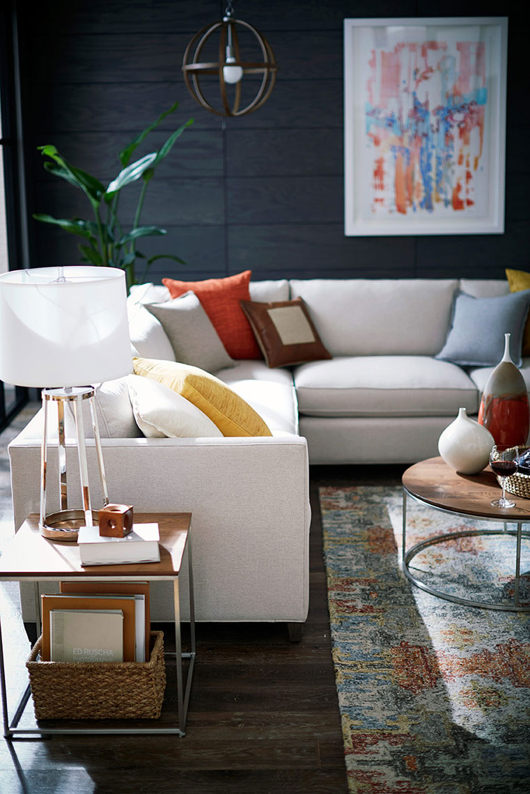 crateandbarrel_shaunsullivan_whitesectional_poppycreativeagency.jpg