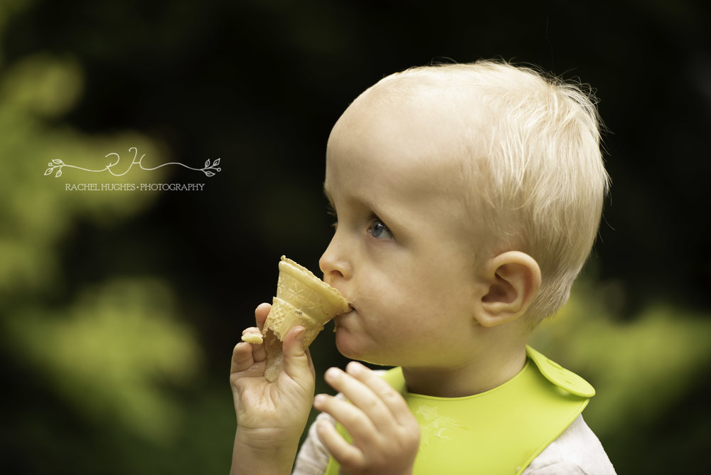 Boy eating ice-cream family photography Henley-on-Thames