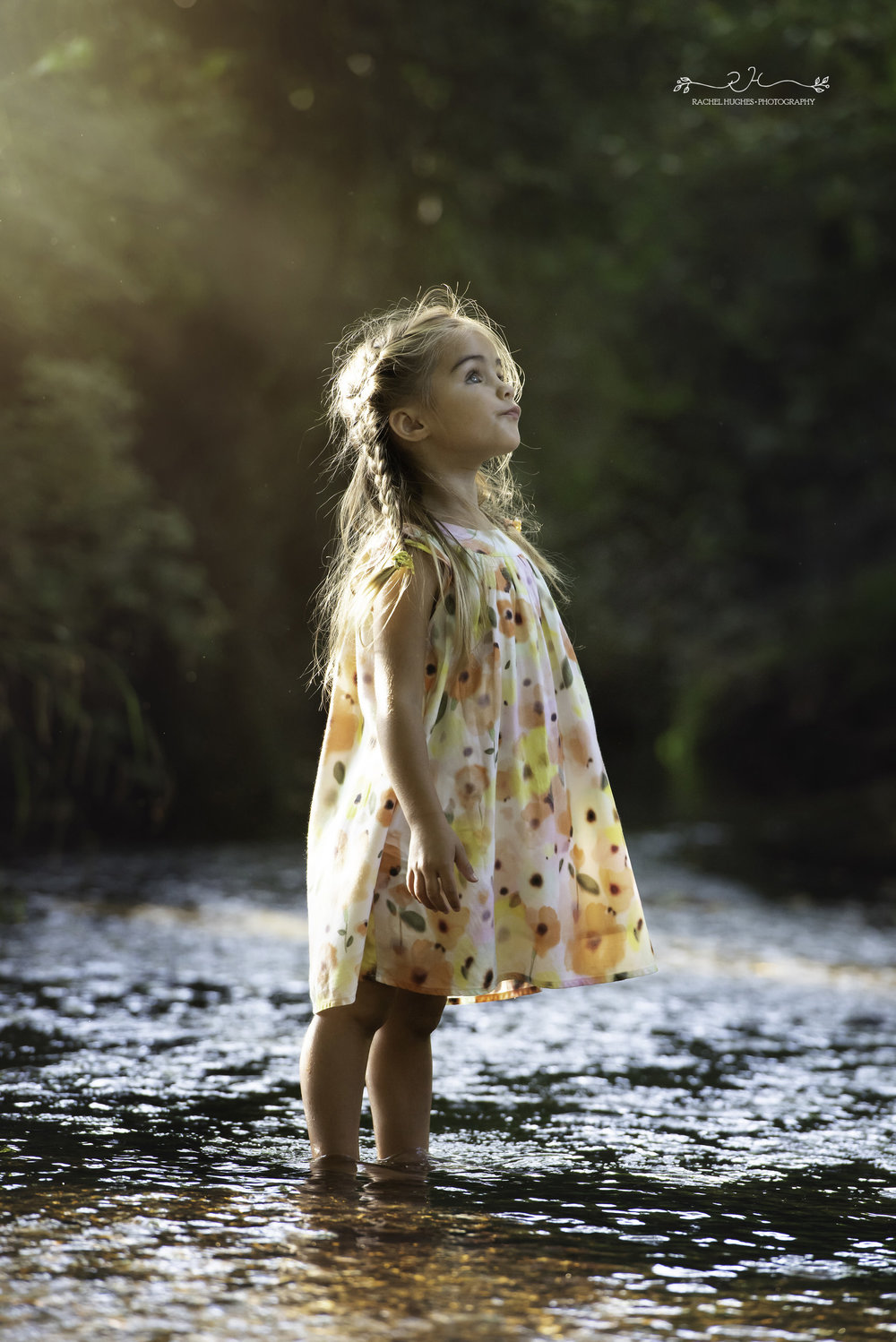 Jersey photographer - girl looking for fairies in river