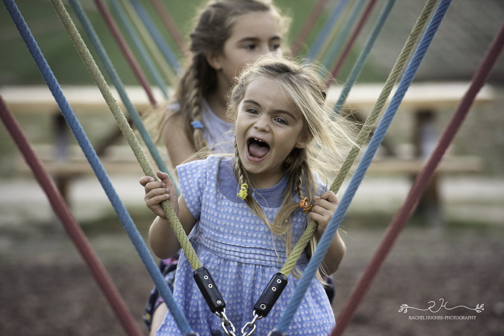 Jersey photographer - girl laughing on rope swing