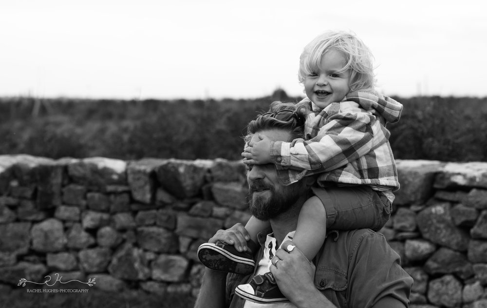 Jersey photographer - boy covering Dad's eyes at Grantez