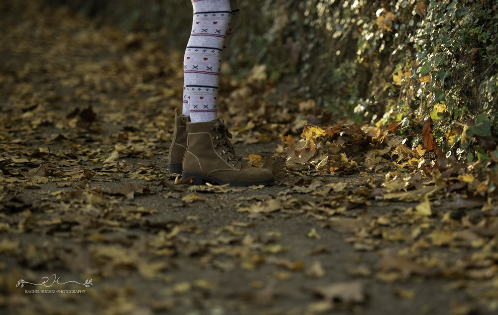 Jersey photographer - girl's boots in leaves