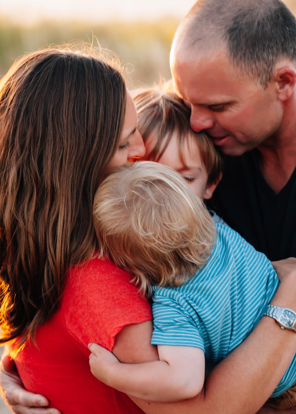 4464e-_mg_8952johnstonfamily.jpg