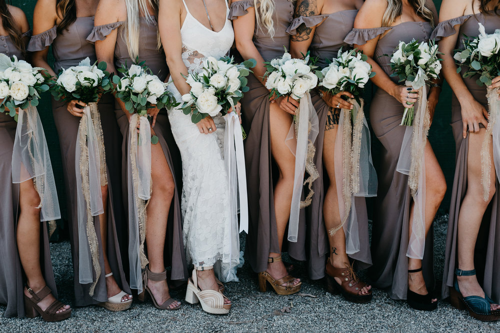 83dc8-devlinwedding_bridesmaids7.jpg