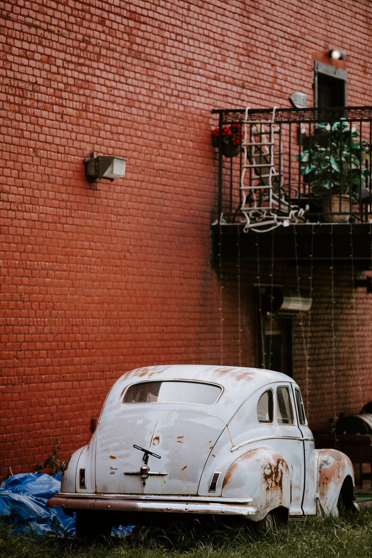 DetroitIndustrialWedding_Geoff&LyndsiPhotography_Alex&Jen_Reception20.jpg