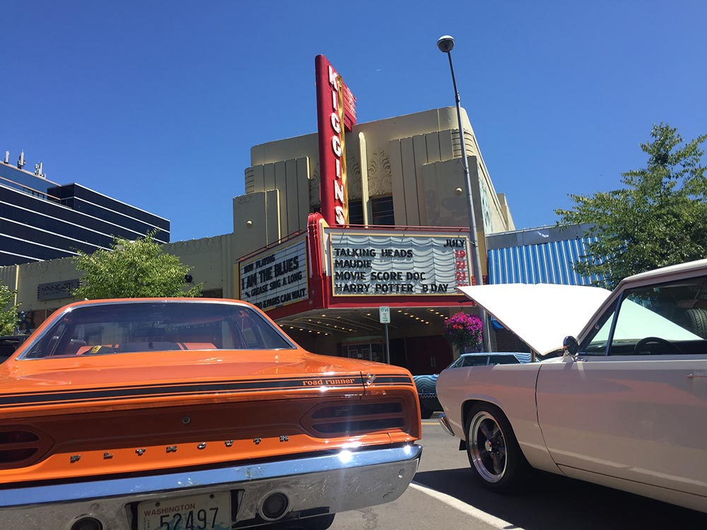 kiggins-theater-parked-cars.jpg