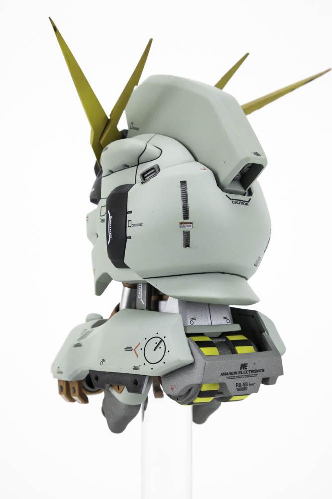 Nu Gundam Head - 004.jpg