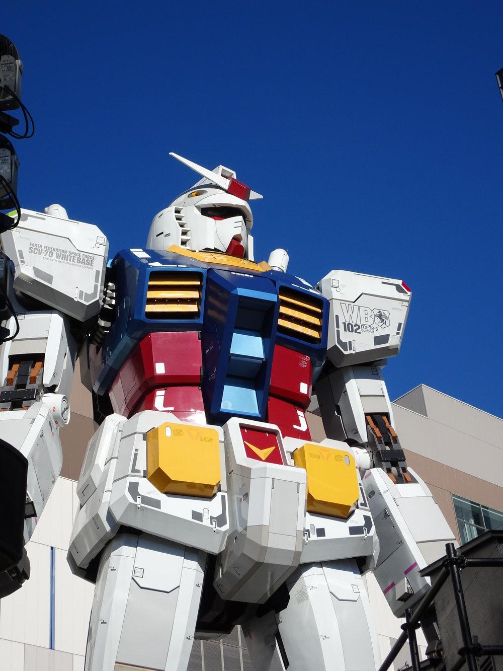RX-78-2 Gundam 1-1 Statue - 017.jpg