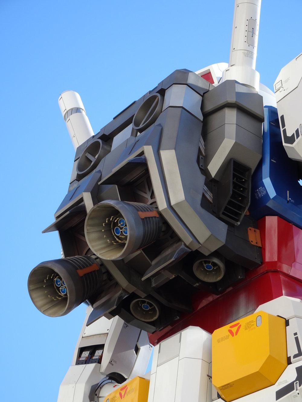 RX-78-2 Gundam 1-1 Statue - 037.jpg