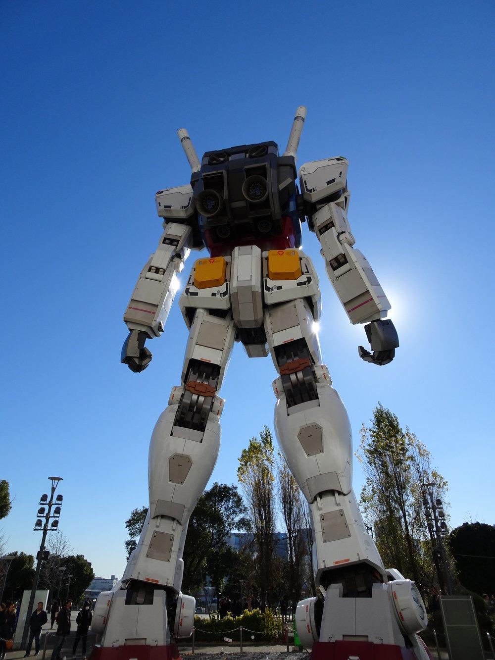 RX-78-2 Gundam 1-1 Statue - 044.jpg