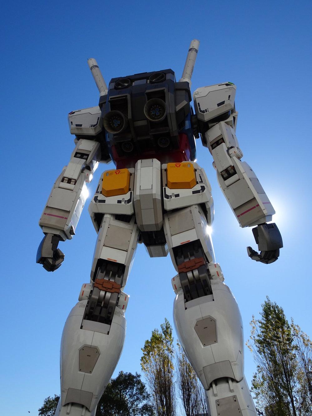 RX-78-2 Gundam 1-1 Statue - 045.jpg