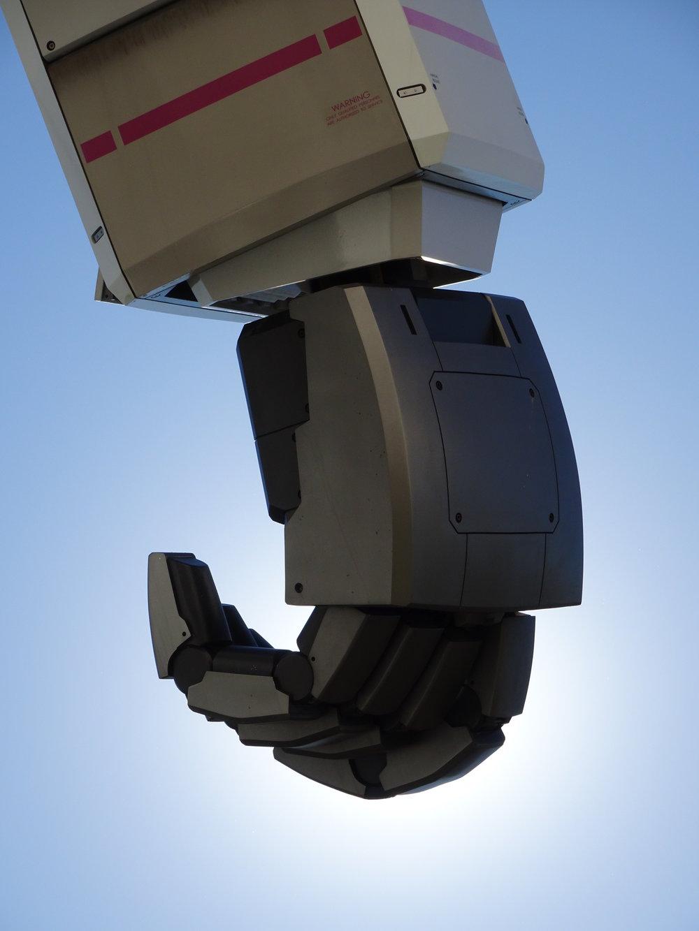 RX-78-2 Gundam 1-1 Statue - 050.jpg