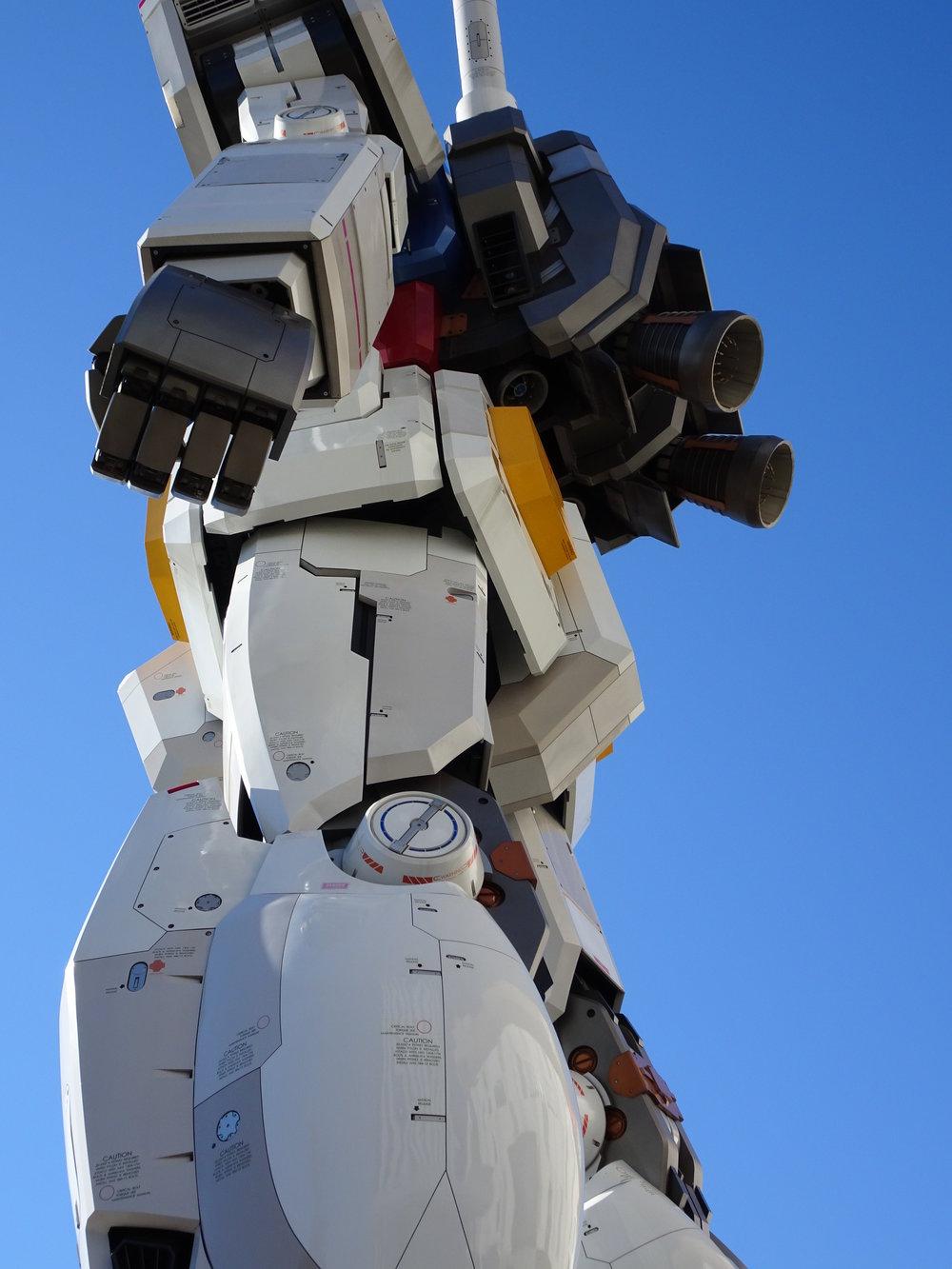 RX-78-2 Gundam 1-1 Statue - 065.jpg
