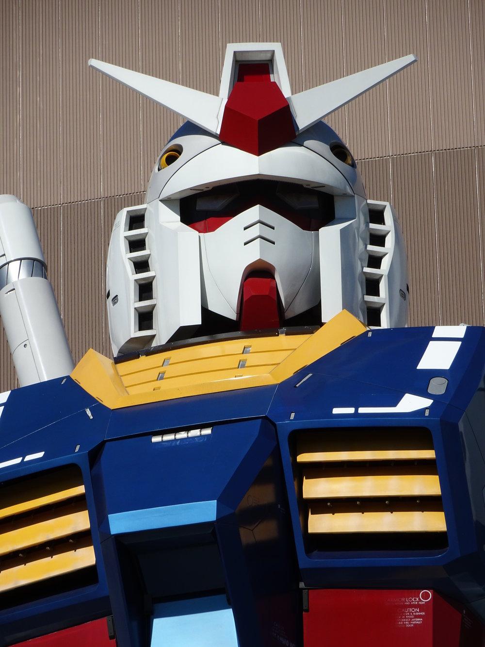 RX-78-2 Gundam 1-1 Statue - 071.jpg
