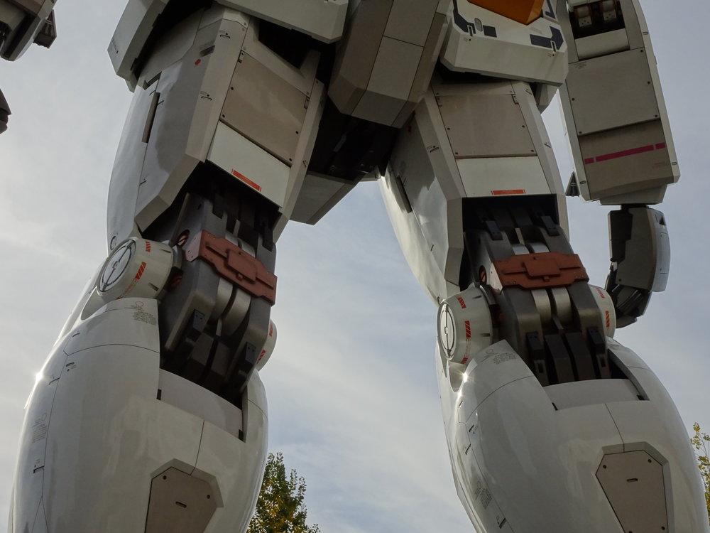RX-78-2 Gundam 1-1 Statue - 111.jpg