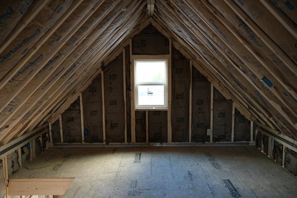 2-Story Upstairs (Insulated)
