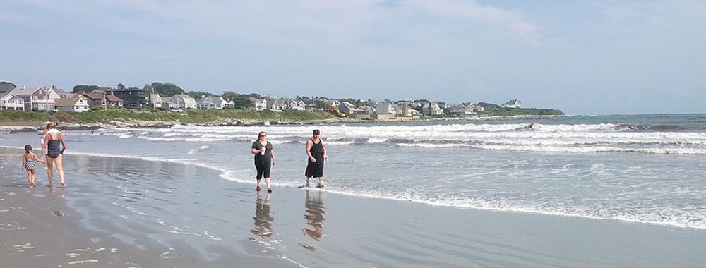 1200px-First_Beach_Middletown_RI.jpg