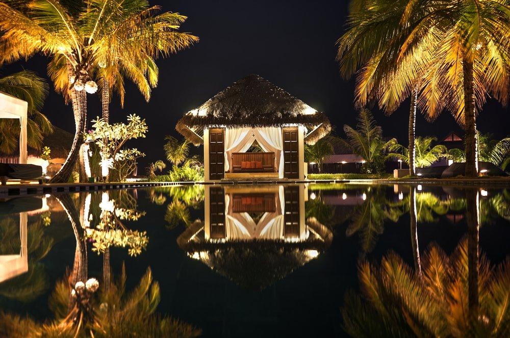 maldivespoolnight.jpg