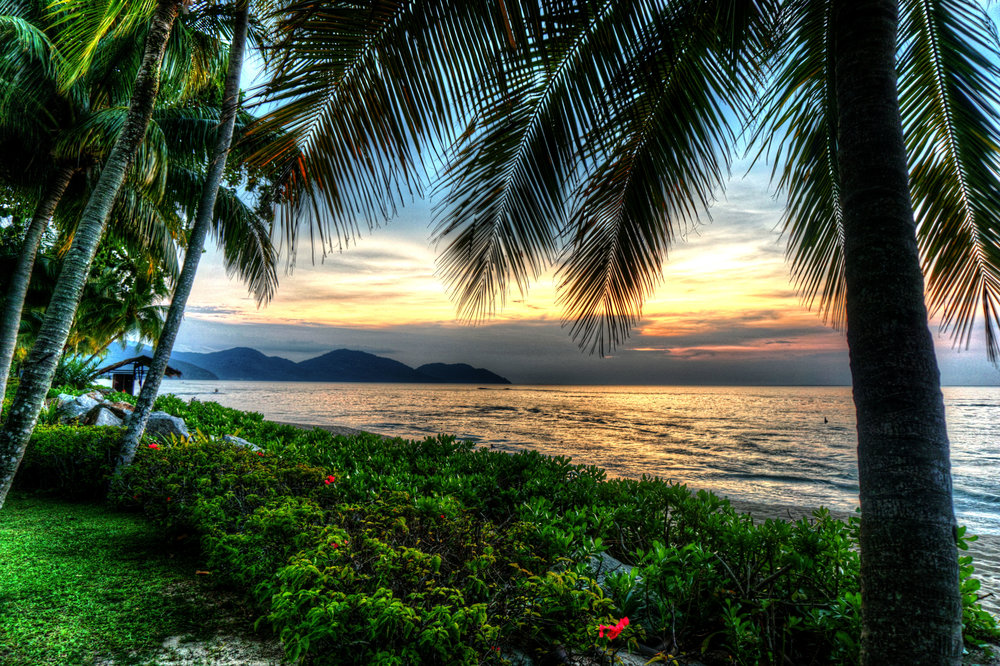 malaysia beachlq.jpg